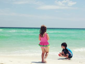 kids playing on Destin Beach