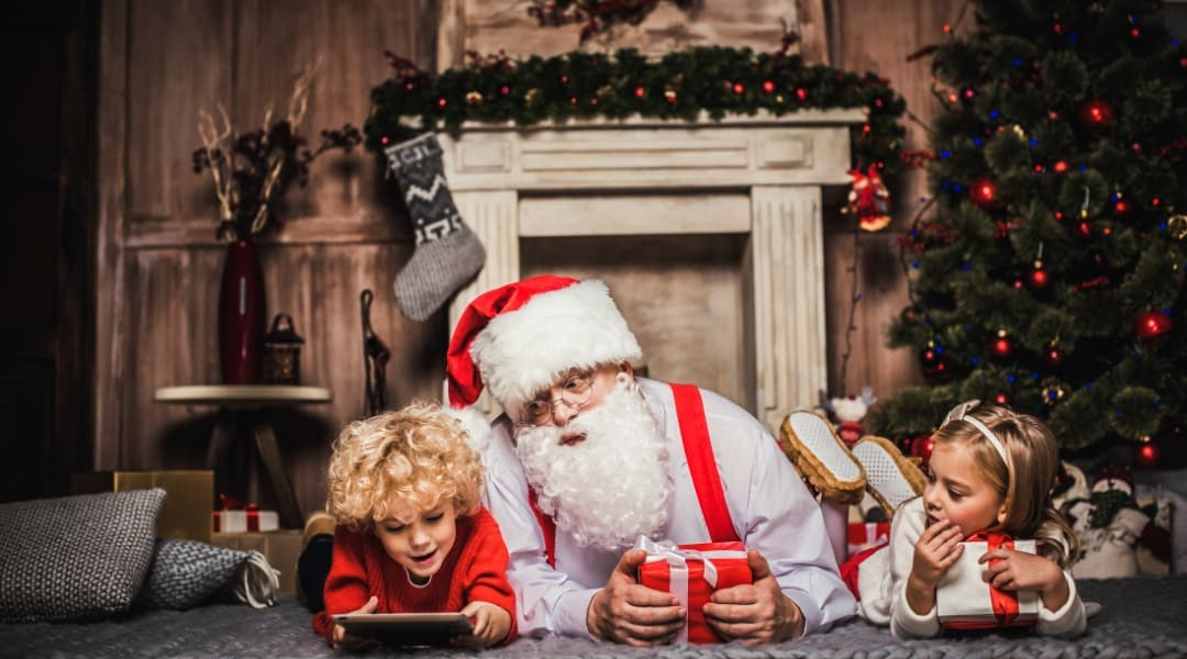 The Ultimate Guide to Finding Santa In Pensacola